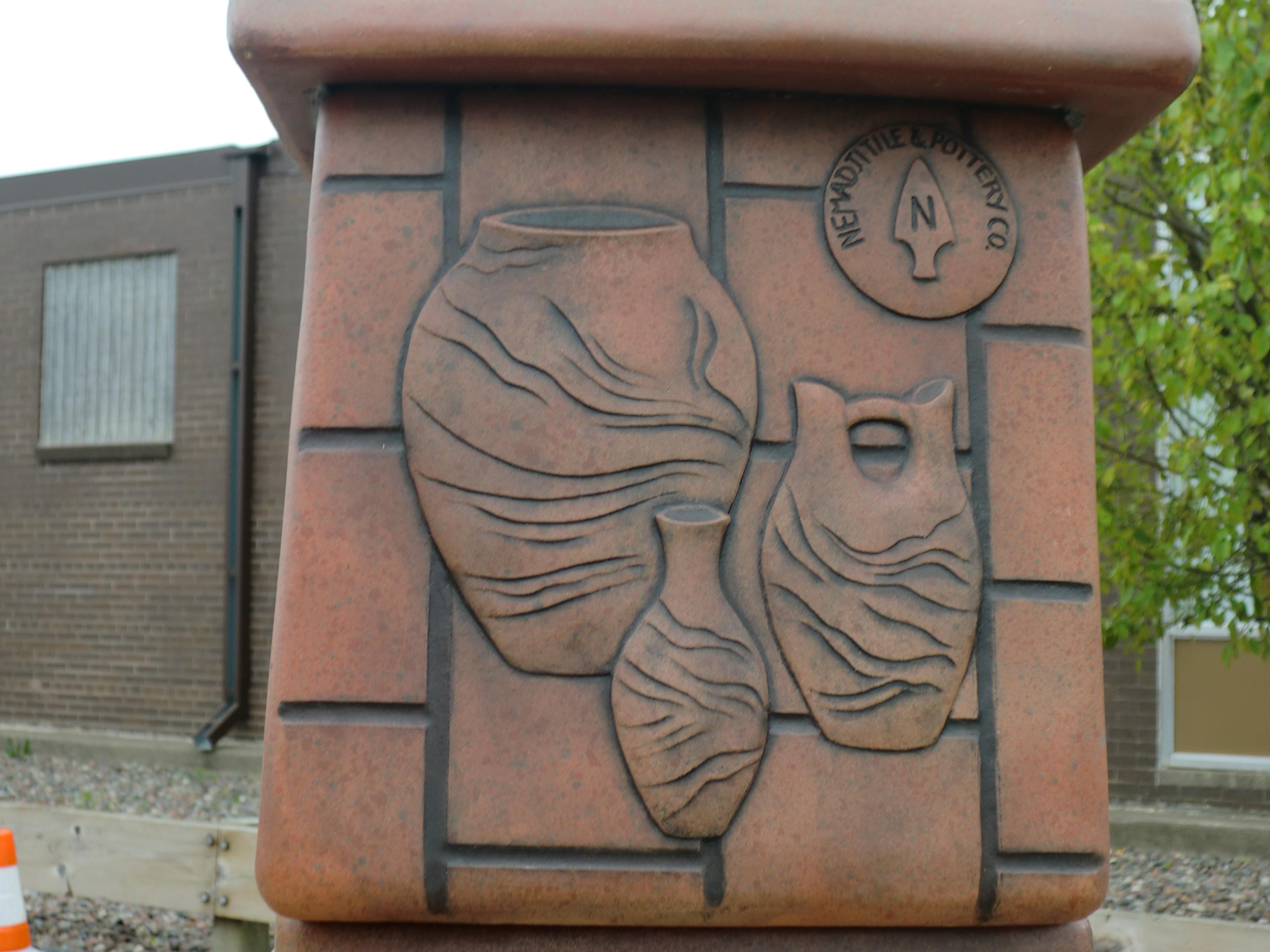 Nemadji Quot Indian Quot Pottery Minnesota Swirl Painted Pottery